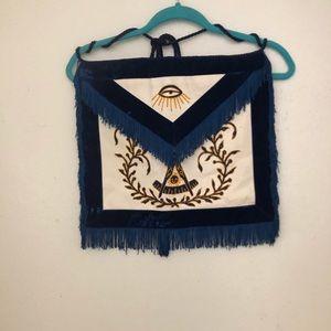 Free mason apron